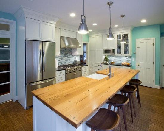 88 Farmhouse Kitchen Design Photos with Blue Backsplash and White