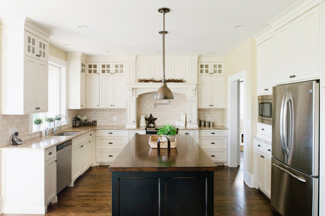 Farmhouse traditional kitchen vancouver by for Kitchen cabinets vancouver island