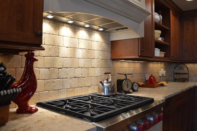 Farmhouse style kitchen stone counter and backsplash for Farm style kitchen backsplash