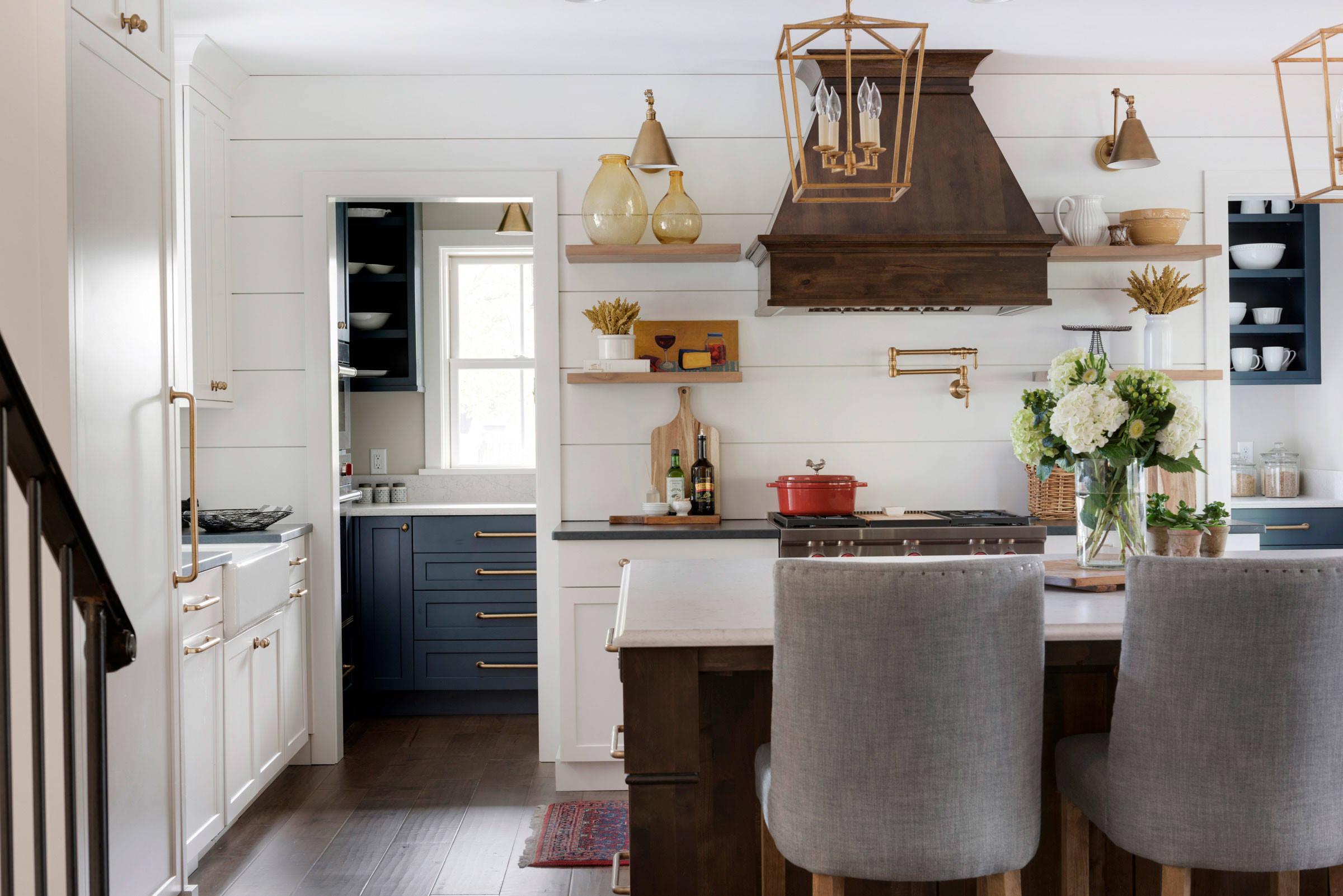 75 Beautiful Kitchen With Shiplap Backsplash Pictures Ideas July 2021 Houzz