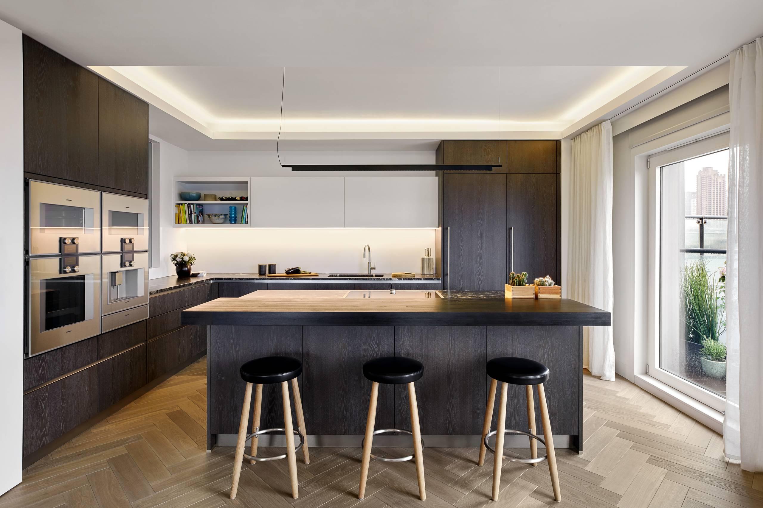 9 Ways to Pair Dark Kitchen Cabinets With Dark Benchtops   Houzz AU