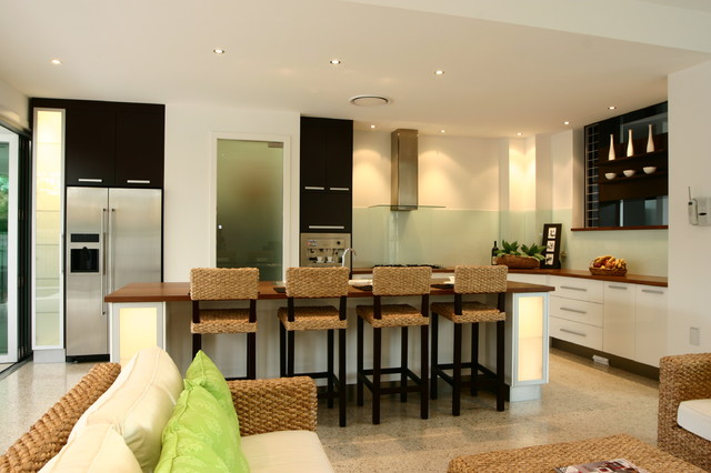 Faulkner contemporary-kitchen