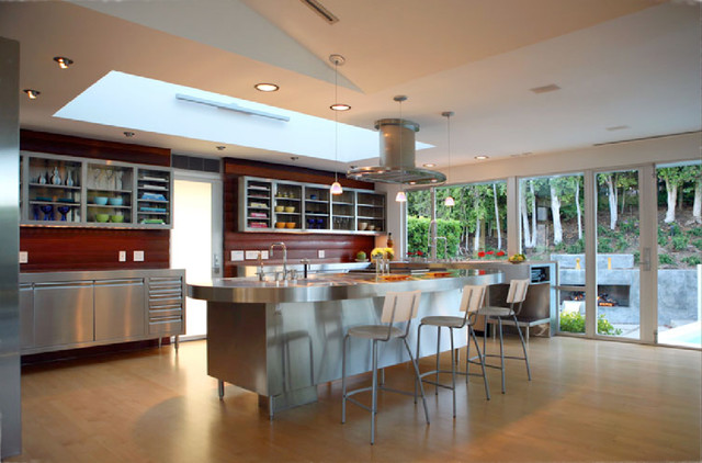 FCB:Design (Markus Canter) Project: Savona Road, Bel Air, CA 90077 modern-kitchen
