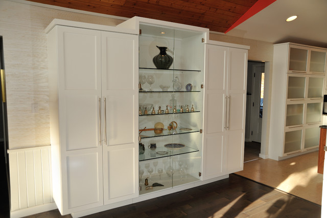 Feature display armoire contemporary-kitchen