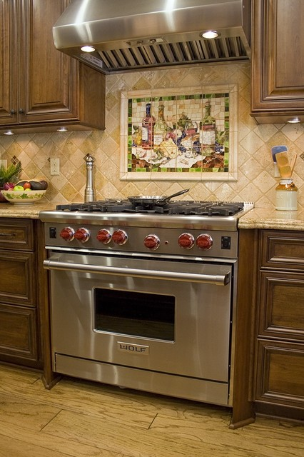 Featured wine mosaic theme for wine collectors kitchen for Vineyard themed kitchen ideas