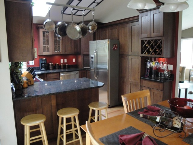 Federal Way Remodel Traditional Kitchen Seattle By Parr Cabinet Design Center Tukwila