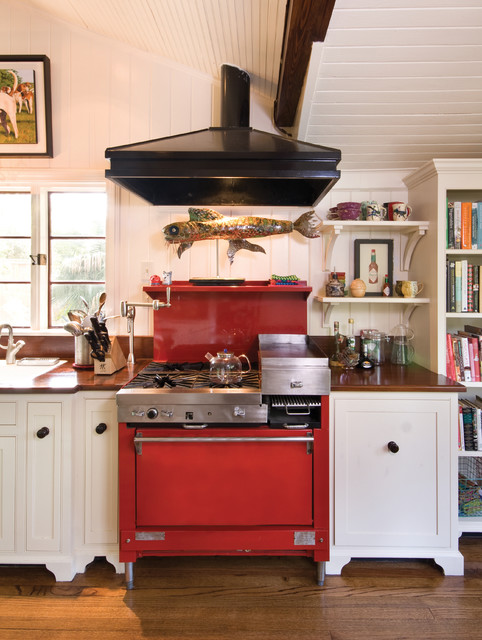 Eclectic Kitchens: RED Stove
