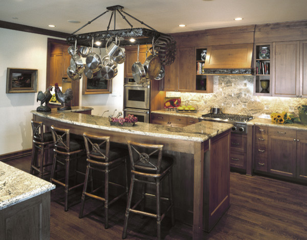 Ferry Residence traditional-kitchen