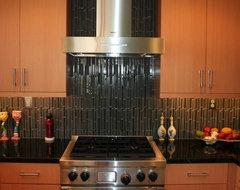 Figueroa contemporary-kitchen