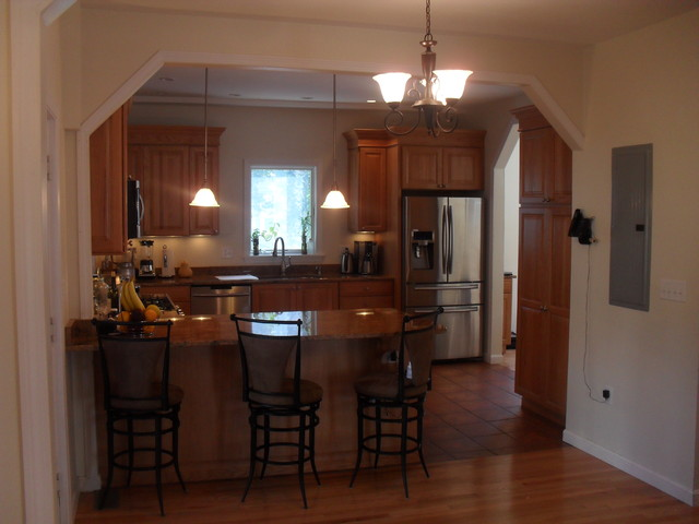 Fire & Water Rehabilitation traditional-kitchen