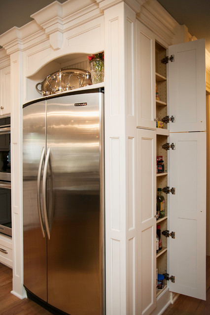 of White Kitchen Cabinets Vs Maple Picture Ideas With The Kitchen