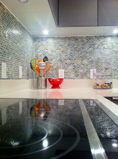 Florida Bachelorette Getaway contemporary-kitchen