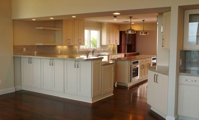 Florida Islander - Beach Home contemporary-kitchen