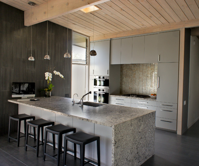 Contemporary Kitchen Vs Modern Kitchen: Foothill Residence