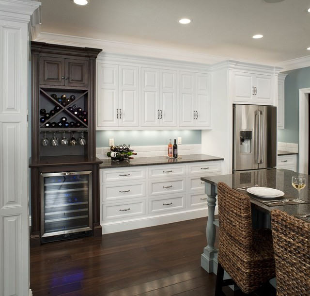 Amazing Formal White Kitchen With Blue Island   Mullet Cabinet Traditional Kitchen