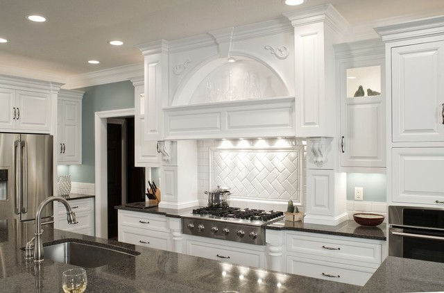 Formal White Kitchen With Blue Island   Mullet Cabinet Traditional Kitchen