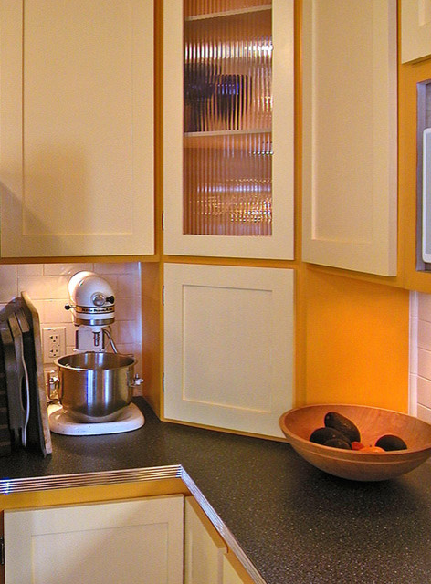 Example of a country kitchen design in San Francisco