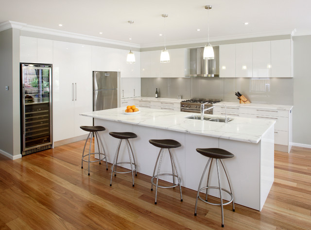 White Kitchen Grey Splashback blackbutt flooring kitchen design ideas, renovations & photos