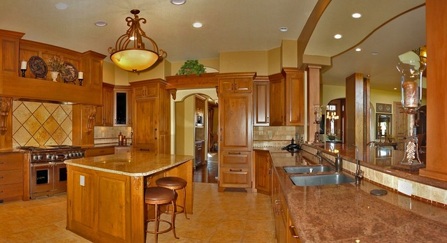 Fossil Lake Ranch traditional-kitchen