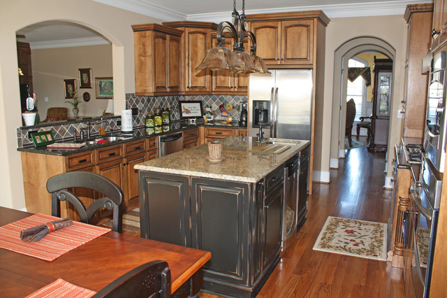 Fox Chase traditional-kitchen