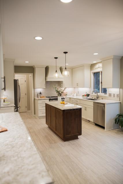 Fox Hill Kitchen Transitional Kitchen Minneapolis By Beyond Kitchens Houzz Ie