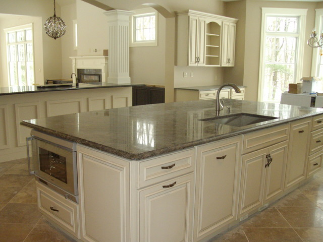 fox meadow traditional-kitchen