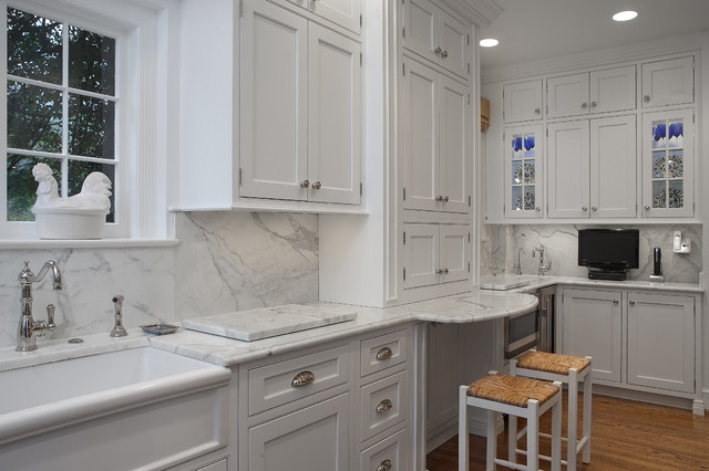 Foxhall Road - Traditional - Kitchen - DC Metro - by Thorsen ...