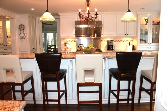 Foy Kitchen traditional-kitchen