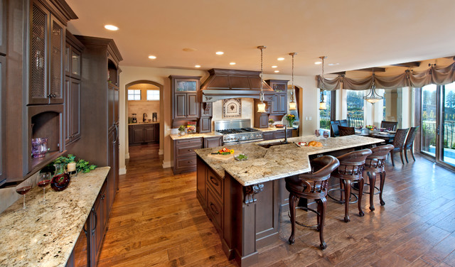 Frame traditional-kitchen