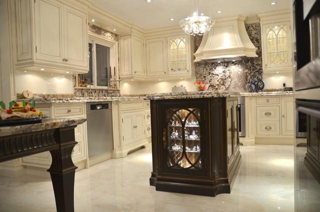 Framed traditional-kitchen