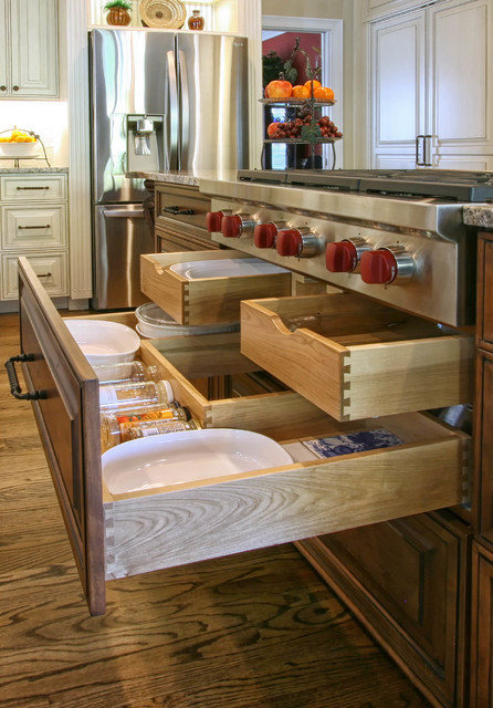 French Country Flair - Traditional - Kitchen - charlotte - by Walker Woodworking