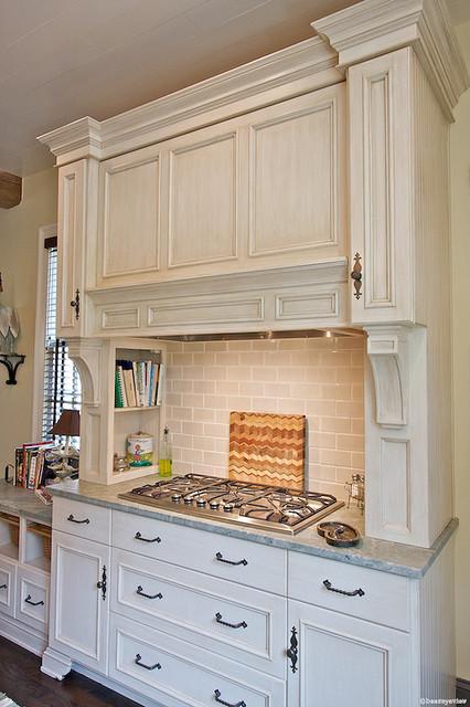 Custom mantel hood over Jenn-Air cooktop - Farmhouse - Kitchen - atlanta - by Designs by BSB