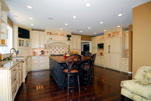 French Country Kitchen in Oakton, VA traditional-kitchen