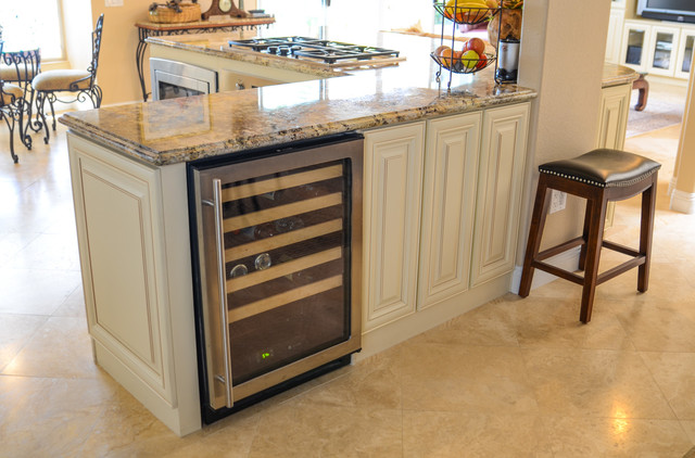 French Country Spectacular Traditional Kitchen San