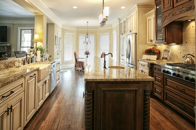 French Country traditional-kitchen