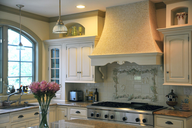 Example Of A Tuscan Kitchen Design In New York With Stainless Steel  Appliances, An Undermount