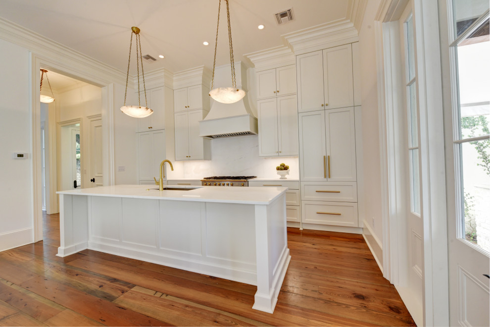 French Quarter Classic - Traditional - Kitchen - New ...