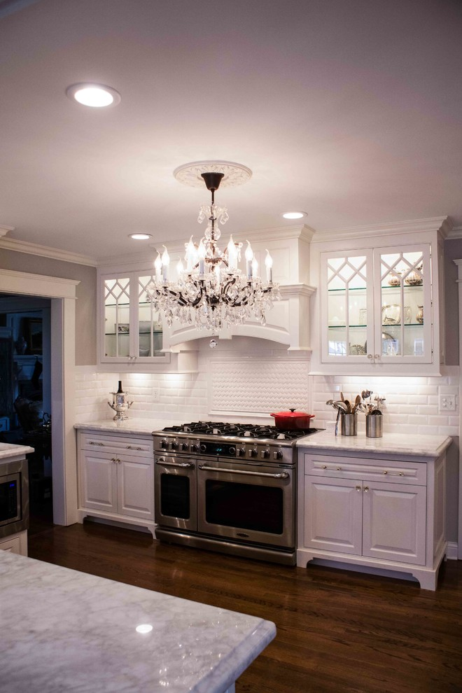French Traditional Chef's Kitchen - Traditional - Kitchen ...