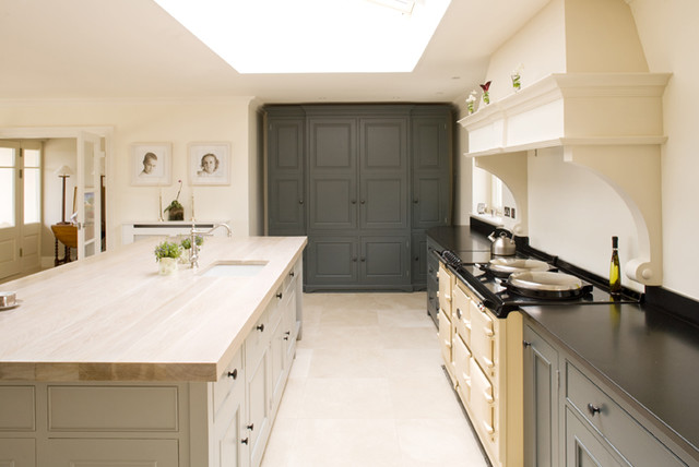 Kitchen from our plain english collection contemporary for Bathroom design jobs newcastle