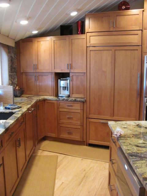 Frisco Retreat traditional-kitchen
