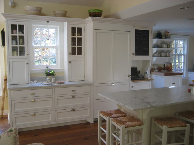 Full House Renovation, Addition, Barn/2 Car Garage - Lincoln traditional-kitchen