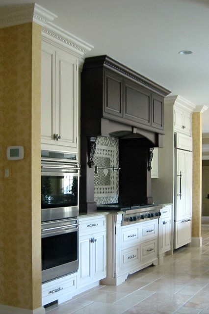 Fully Furnished traditional-kitchen