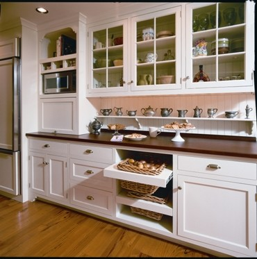 Functional Cottage Kitchen traditional-kitchen