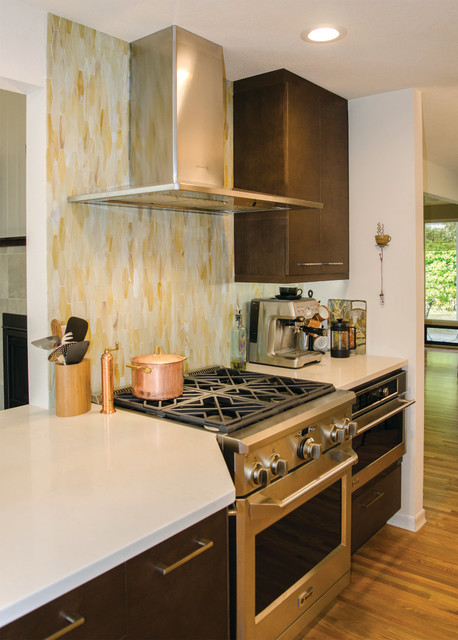 Furth Olympia Wa Midcentury Kitchen Seattle By Cabinets By Trivonna