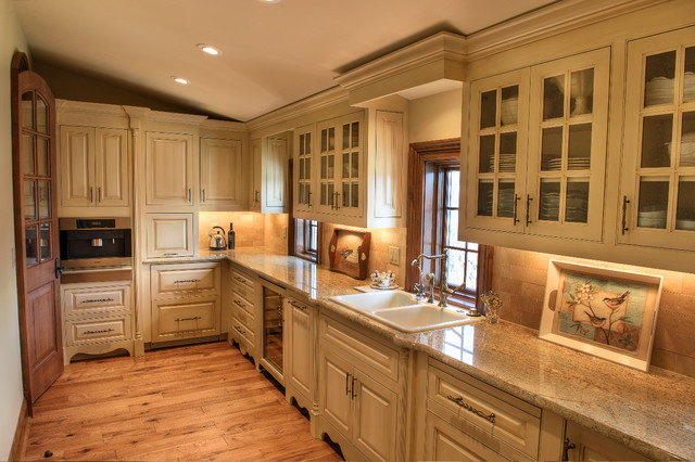 Gabriel Builders rustic-kitchen
