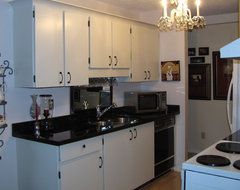 Galley kitchen before and after - LOW budget traditional kitchen
