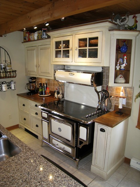 Galley kitchen for Traditional galley kitchens