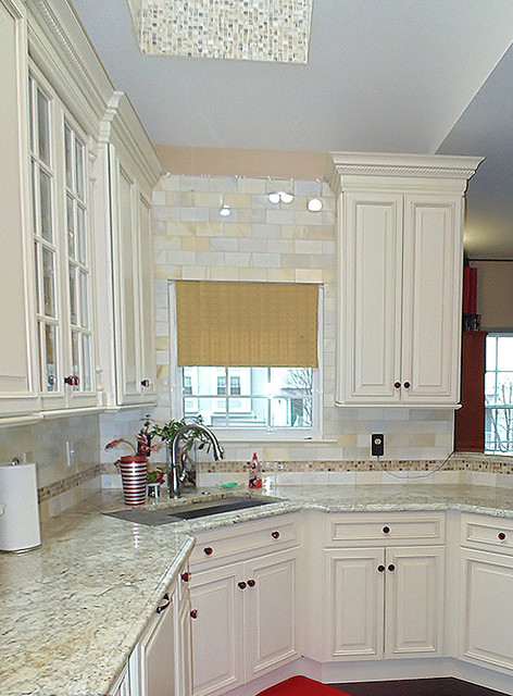 Galley kitchen whippany nj traditional kitchen for Traditional galley kitchens