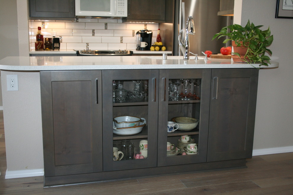 Galley Kitchen With Peninsula | Best Home Decorating Ideas