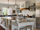 How to Organize Your Specialty Kitchen Storage Areas (14 photos)